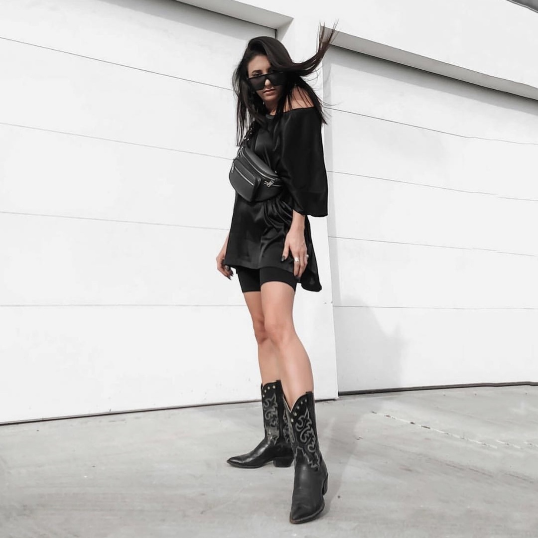 still all about the cowboy boot trend around here #fashionlush #fashion #blogger #minimalist #streetstyle #sandiego #cowboyboots #falltrends #ShopStyle #shopthelook #MyShopStyle