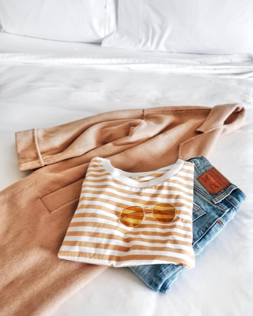outfit idea: ASOS Camel Coat, COS Stripe Tee, Levi's Wedgie Cut Jeans, Illesteva Sunglasses #casualoutfit #sanfranciscosummer