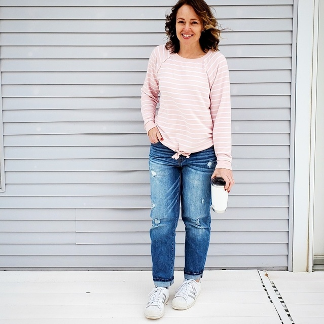 tp://liketk.it/2IGJE @liketoknow.it #liketkit #ShopStyle #MyShopStyle #casual #comfy #relaxed #jeans #pink #stripes #sneakers