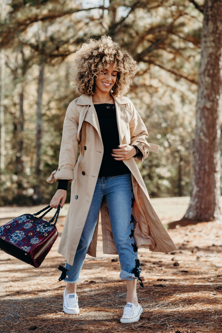 I love when the seasons change, because I love wearing my pretty, light trench coat to keep me warm. A trench coat is a staple to the weather change. Get one you love and keep it safe! #ad #trenchcoat #fallweather #ShopStyle #shopthelook #OOTD #TravelOutfit