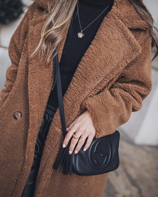 retty Lavish 🐻 Similar options linked for you! #myshopstyle #winterstyle #teddycoat #shopstylecollective #contributingeditor