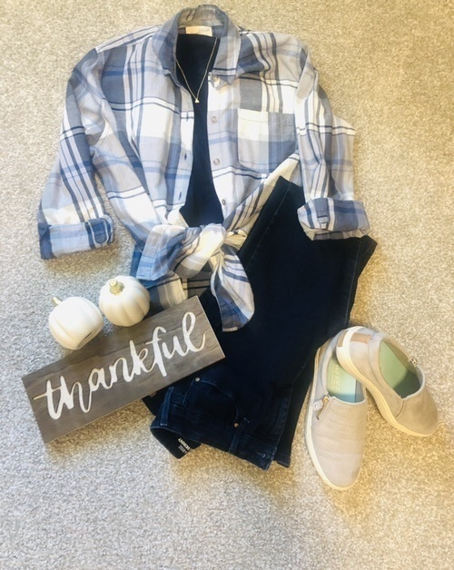 vibe. Casual shoes and some stretchy jeans. #fallstyle #comfy #style #thankfulforcomfot #ShopStyle #MyShopStyle #365daysofnew