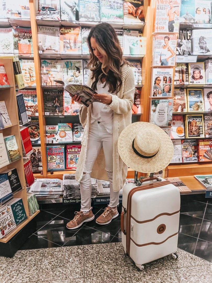Travel Style #shopthelook #TravelOutfit #OOTD