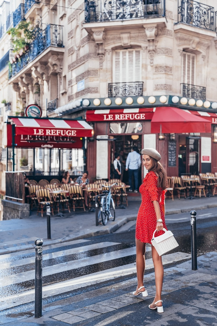 ☕️🥐? Me 😍💃🏻 walking to get my morning coffee and croissant in Montmartre in Paris - wearing a red mini dress, straw beret, and white accessories #paris #ootd #coffeerun #shopthelook #SummerStyle