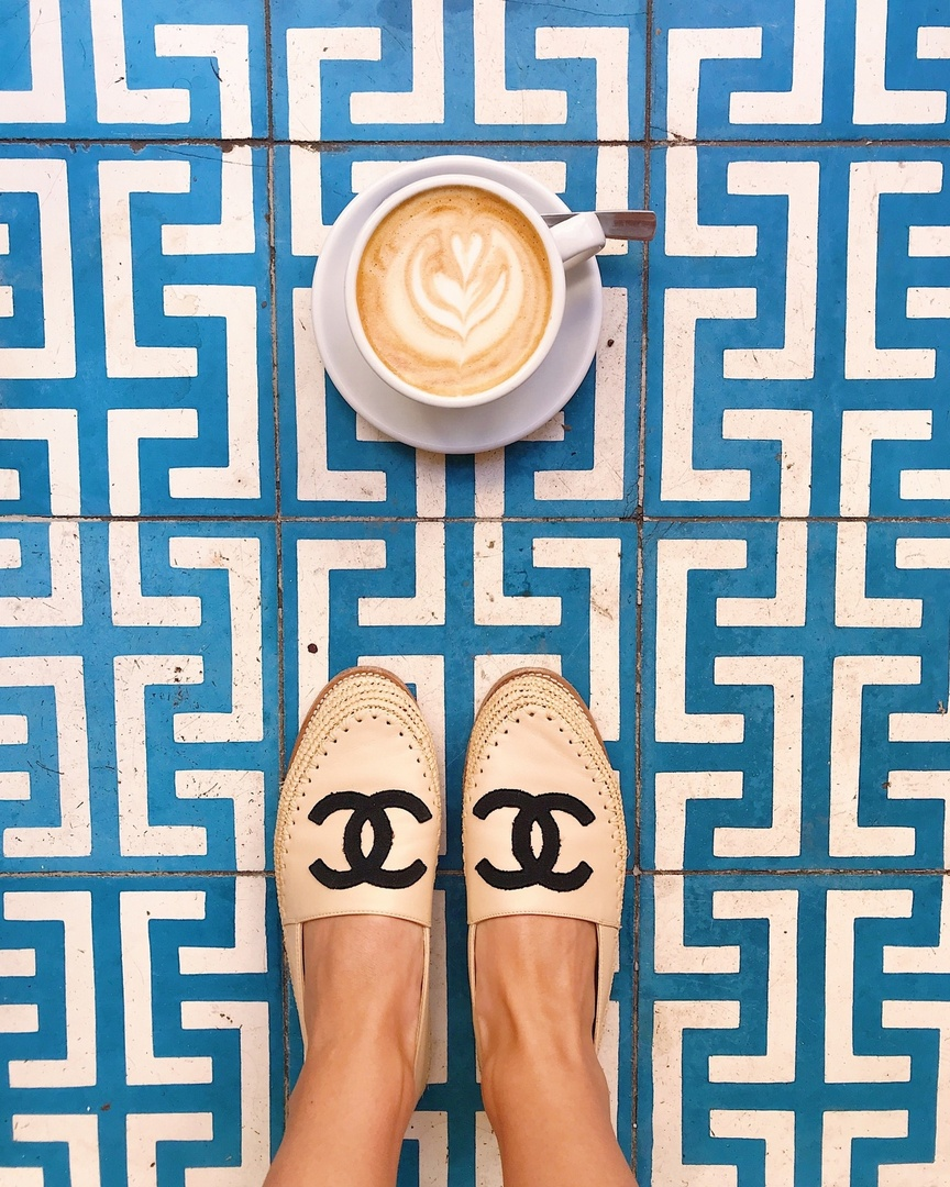 I took this shot at my favorite coffee shop in Paris, Ob La Di Cafe. It's a must if you're in the area! I wore my Chanel Espadrilles everywhere in Europe too. They were perfect for lots of walking. #katiedeanstyle #katiedeantam #Ihavethisthingwithfloors #chanelflats #chanelespadrilles #Vacation #Travel #MyShopStyle
