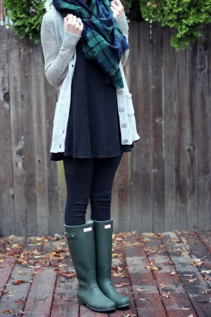 Those Hunter boots are too cute! #ShopStyle #shopthelook #MyShopStyle #FallFashion #WomansFashion #Boots