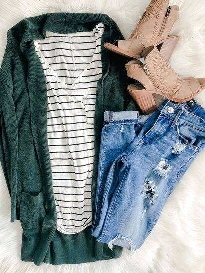 and peep toe booties. #fashion #ad #outfits #OOTD #casualfashion #fashionista #ShopStyle #MyShopStyle #Flatlay #traveloutfit