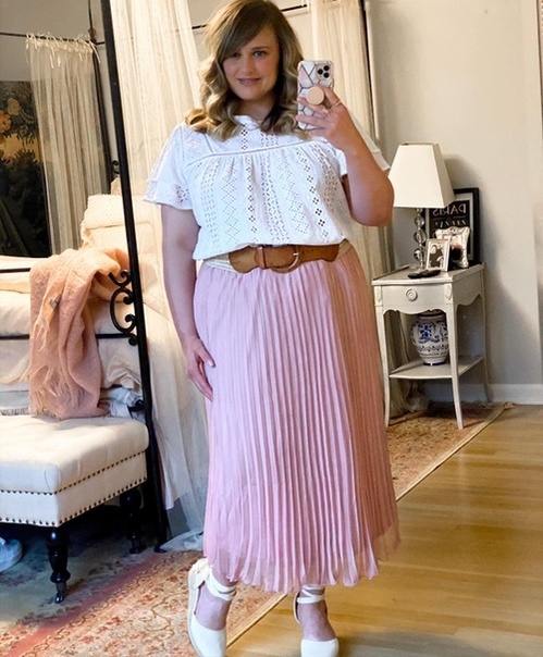 I have styled this pink midi skirt so many ways! I love it with the eyelet top for spring!