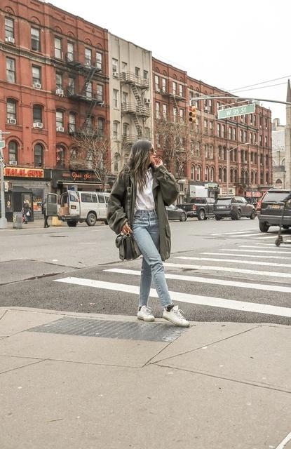spring outfit #greenparka #oversizedparka #oversized #ShopStyle #MyShopStyle #LooksChallenge #Lifestyle #TrendToWatch #Petite