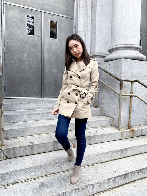 Dress down a trench coat with a pair of jeans.  #casualchic #chic