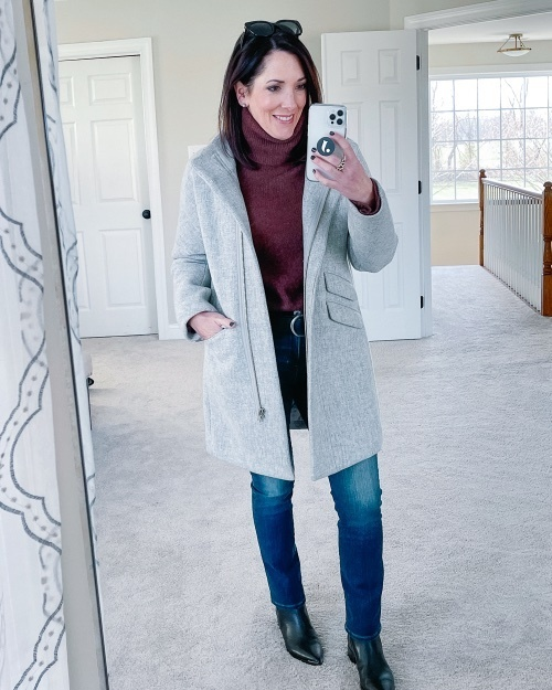 """old me I looked """"bougie."""" 🤷🏻♀️ I'm still not sure if that's a cut or a compliment. 🤣 #whatiwore #winterstyle #jcrewalways"""