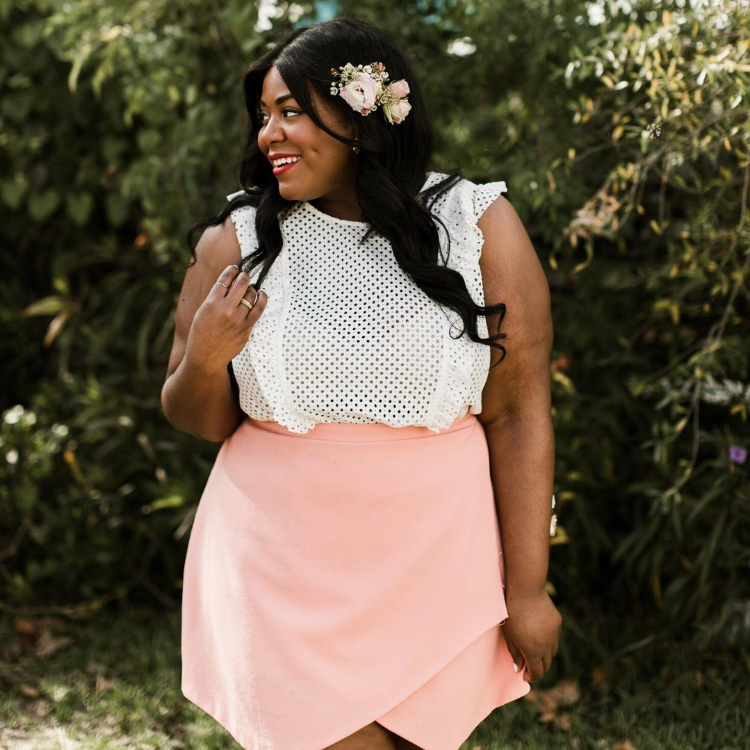 This cute and flirty feminine lace top with ruffles is a great way to welcome Spring.