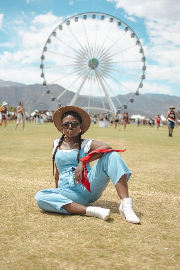 Look by Niké Ojekunle featuring Frames Rondo 49.5mm Audio Sunglasses