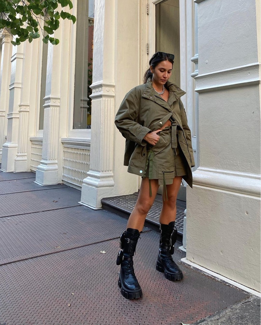 Look by Lily Montasser featuring Prada Monolith Black Leather Boots