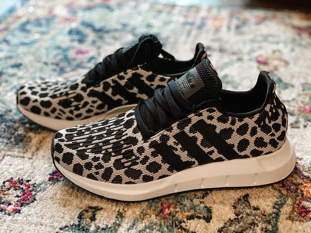 adidas women's swift run w