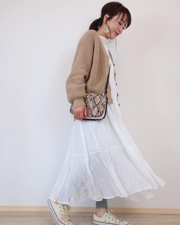 ふわふわ〜ゆらゆら〜な白ワンピ😊💕 軽やかなワンピだからレギンスやデニムを履いても動きやすい♡♡  #ShopStyle #ShopStyle #MyShopStyle