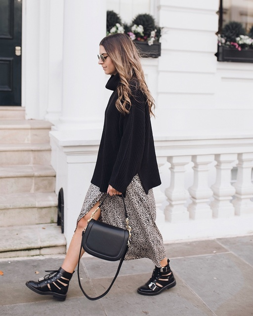 the most of bare legs while I still can in @dancing_leopard and chunky knits! #myshopstyle #shopstylecollective #autumnstyle