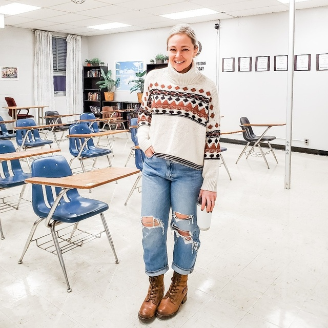 ts #teacher #casual #everyday #winter #slouchy #sweater #fairisle #petite #jeans #distresseddenim #combatboots #trendstowatch