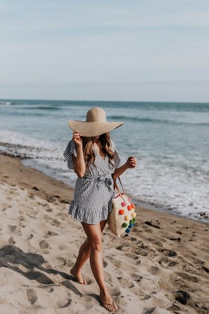 agical lotion RIGHT NOW on mintarrow.com ☀️    #ShopStyle #MyShopStyle #Lifestyle #Beach #Summer #Sunscreen #MauiBabe #SunBum
