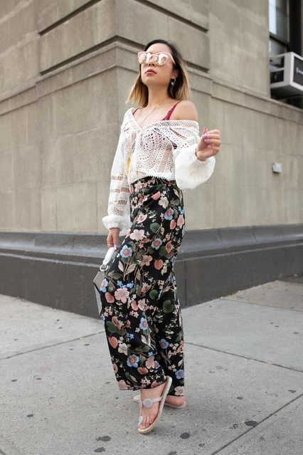 BohoStyle #FloralPants #Bodysuit #SilverPurse #ColorfulOutfit #NYFW2018 #NYFWStreetstyle #CasualOutfit #SassyOutfit #SheerTop