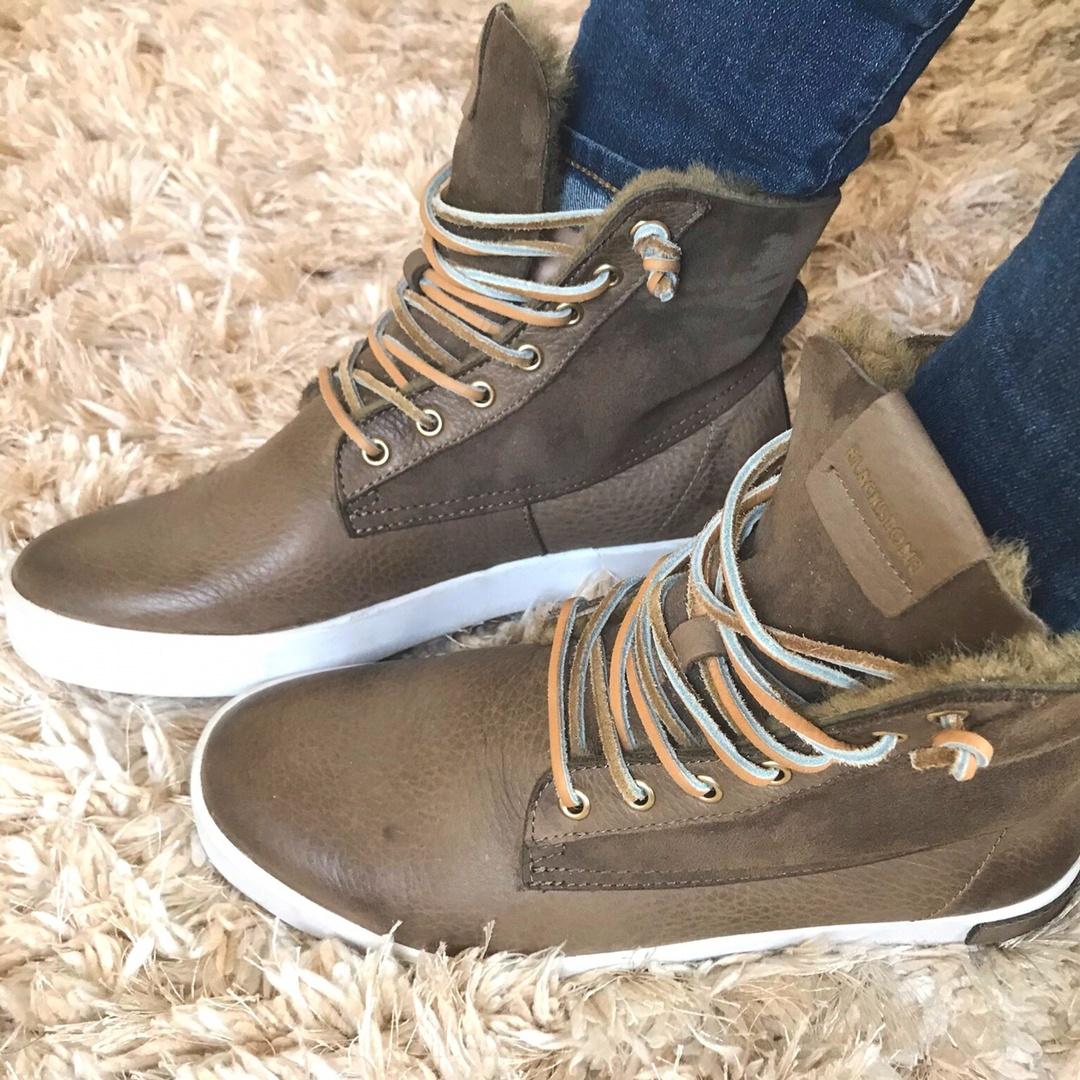 shearling sneaker boot