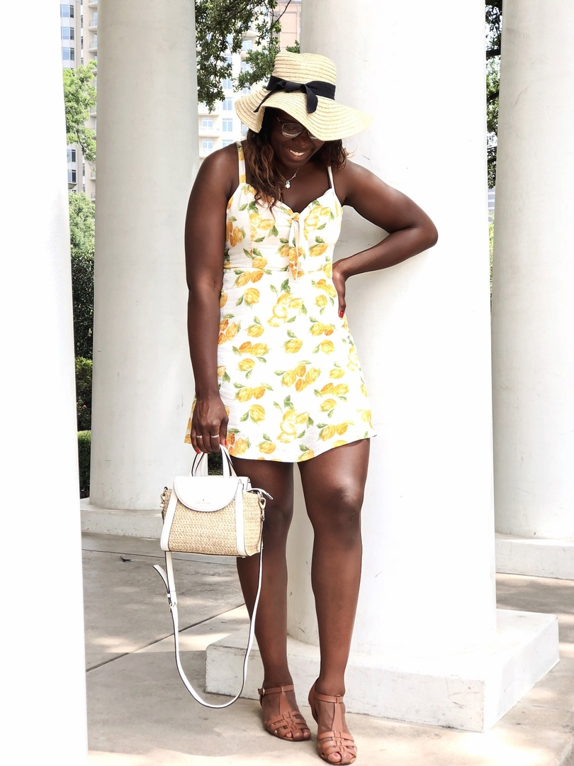 Can't go through summer w/o wearing 🍋 #dallasblogger #fashionblogger #shopstyle #summerstyle #kenyanblogger #dallasstyle #chemistryofstyle #dallasfashionblogger #dallasstyleblogger #howtowear #whatiwore #WIWT #ootd #ootdfashion #ootdwomen #ootdblackgirls #lemondress