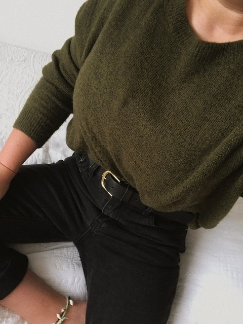 e #LooksChallenge #ContributingEditor #Winter #Holiday #Lifestyle #TrendToWatch #Petite #autumn #fallstyle #cosyoutfit #Party