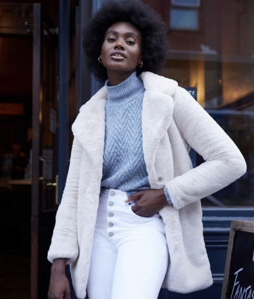 ion #casuallooks #oversizedsweater #trending #2020 #2021 #streetfashion #cozyoutfits #comfyoutfits #howtostyle #casualoutfits
