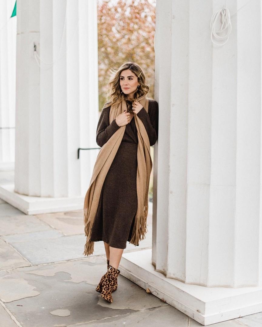 Look by Lauren McBride featuring UGG® Ribbed Crew Socks