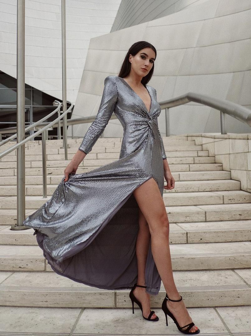 dLook #ShopStyle #shopthelook #MyShopStyle #OOTD #DateNight #WeddingGuestLooks #hm #sequins #formal #maxidress #gala #metgala