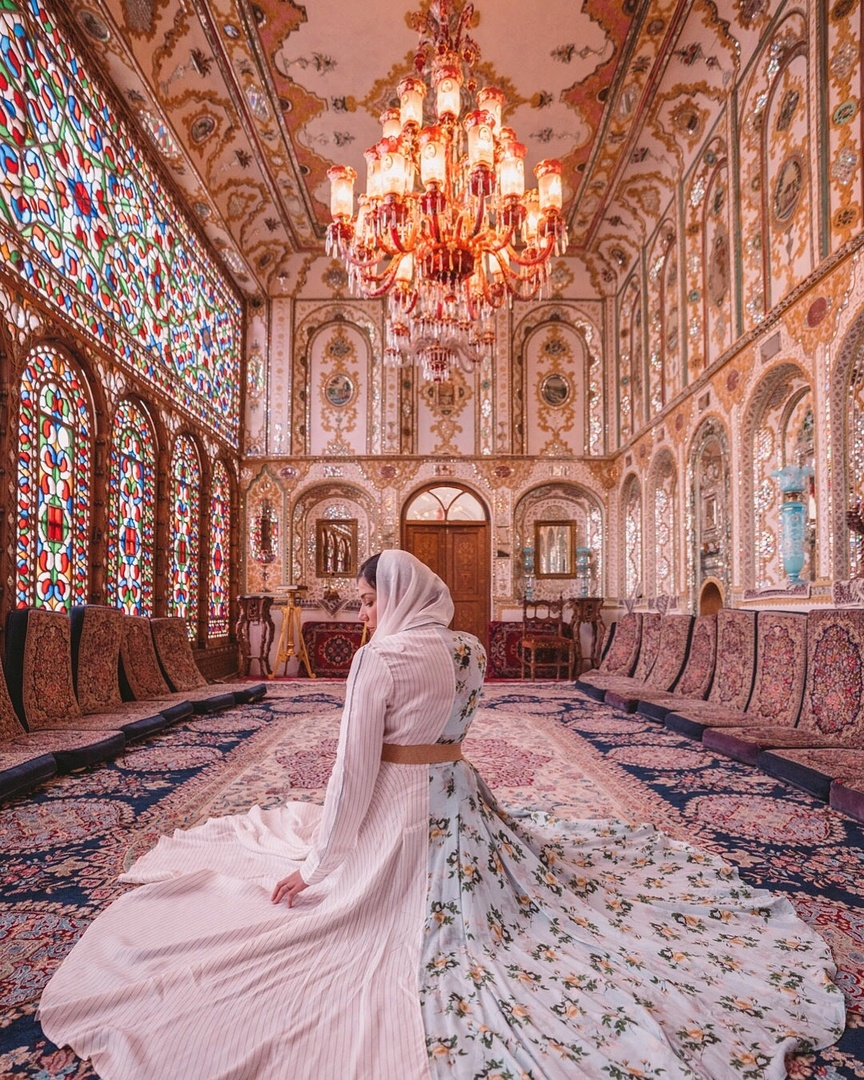 This maxi dress by Zayan the Label was the perfect choice for this stunning room in Isfahan. I chose to accessorize it with a sheer white scarf from Nordstrom #ShopStyle #MyShopStyle #LooksChallenge #ContributingEditor #Holiday #Lifestyle #TrendToWatch #Travel #Vacation