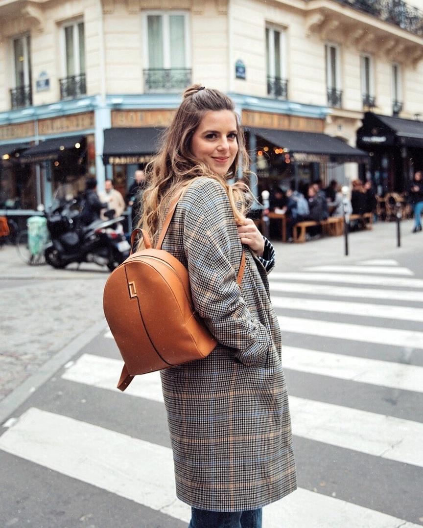 stastyle #ootdmagazine #igstyle #styleblogger #instagood #personalstyle #wiw #igfashion #hairinspo #ombre #paris #streetstyle