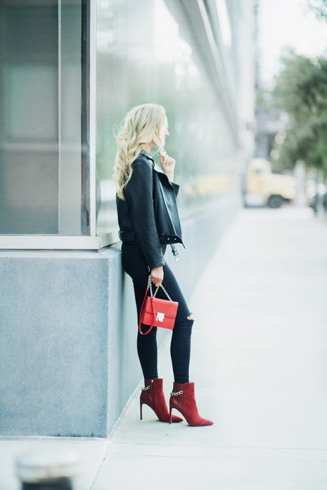 Style Guide: Red Accessory Round Up