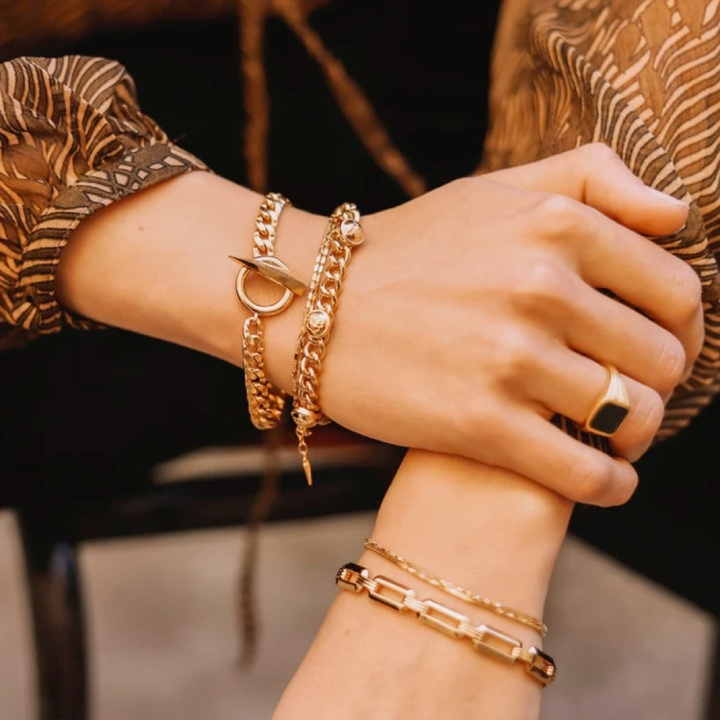 6 Jewelry Trends We're Buying in 2021