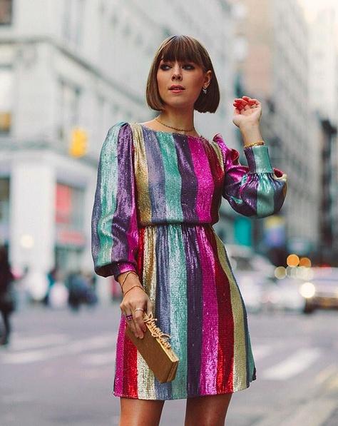 Channeling rainbow bright 🌈 for tonight's @victoriassecret fashion show! Here we go! #VSFashionShow #ad #GirlsNightOut