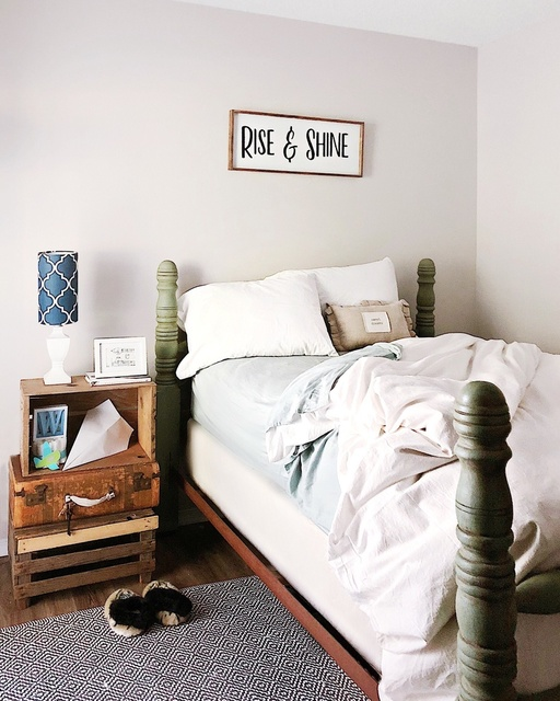 Guest room farmhouse bed