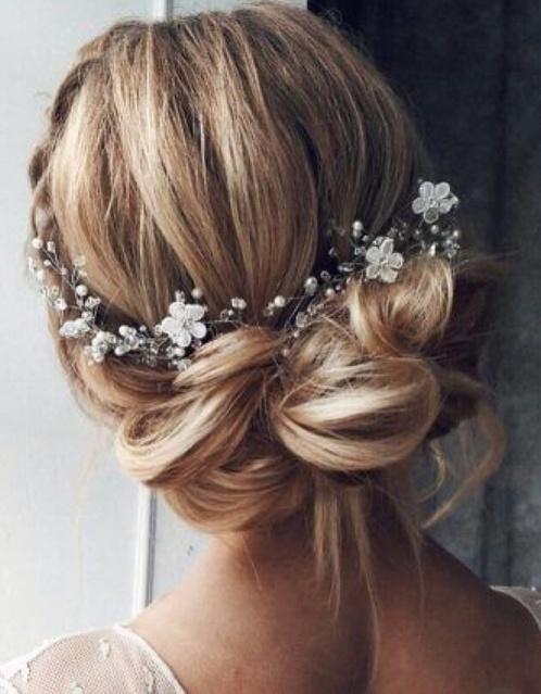 Simple wedding hair accesory