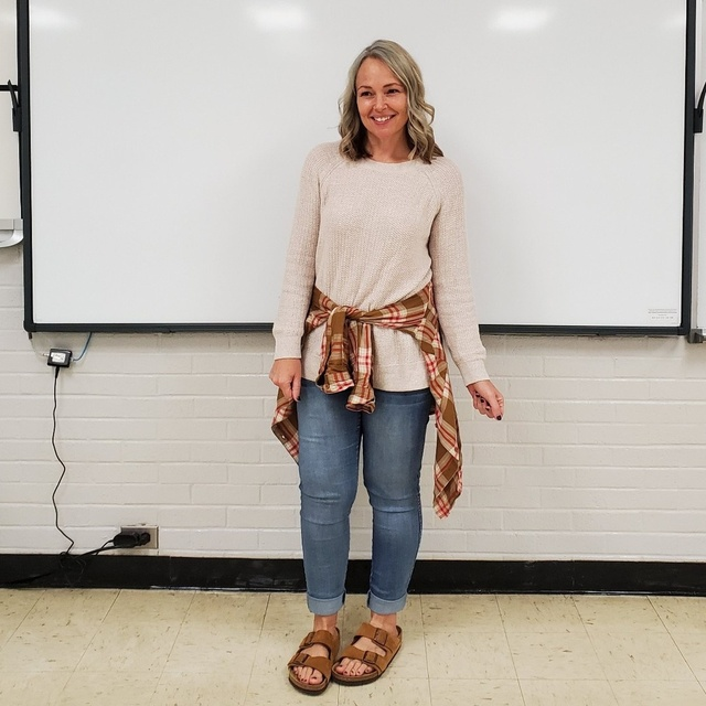 r #sweater #fall #teacher #casual #birkenstocks #jeggings #skinnyjeans  #ShopStyle #MyShopStyle #Petite #TrendToWatch #Winter