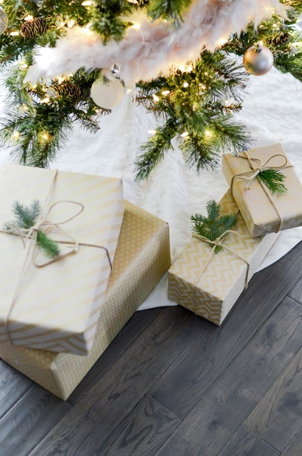 h three weeks to go until Christmas, I'm sharing my Holiday Gift Guide for Food Lovers for 2019. #Christmas #Holiday #Kitchen