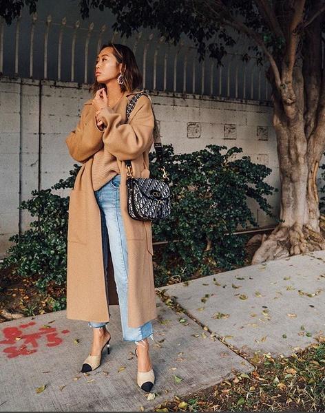 The coat edit:camel coat Via instagram:songofstyle Blog instagram:thepinkpineappleblog  #instainspo #thecoatedit #camelcoat #trench #thepinkpineappleblog #ootd #currentlywearing #todaysdetails #getthelook #wearitloveit #shopthelook