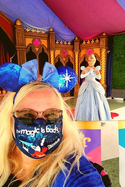 rs #disneyland #dreamscometrue #themagicisback #facemask #disneyfacemask #ShopStyle #MyShopStyle #Lifestyle #Vacation #Travel