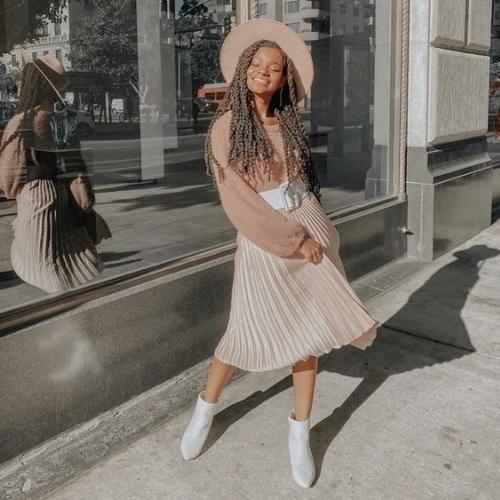 dayfashion #turtlenecksweater #offtheshoulder  #2020 #2021 #maxiskirts #midiskirts #pleatedskirts #ruffleskirts #pleatedskirt