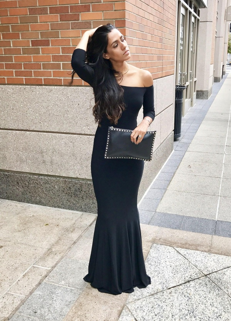 I wore this off the shoulder fishtail gown to a black tie wedding and honestly, the compliments were endless.    #blackdress #wedding #gown #blacktie #fashion #weddingfashion #normakamali #valentino #WeddingGuestLooks #OOTD