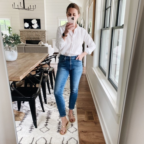Top is size 2, fits like a small. Jeans are true to size. Sandals run a touch small.