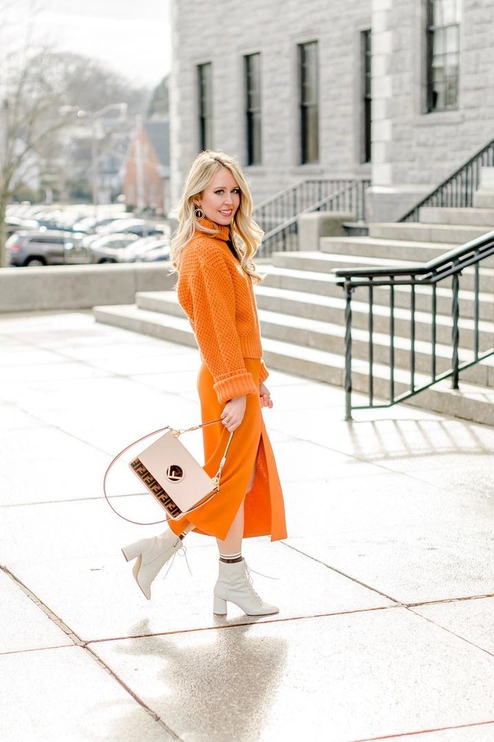 Fendi Spring 2019 Runway inspired look #thefashionhousemom #fendi #spring2019 #springtrends #orange #ShopStyle #MyShopStyle #ContributingEditor #TrendToWatch #Petite