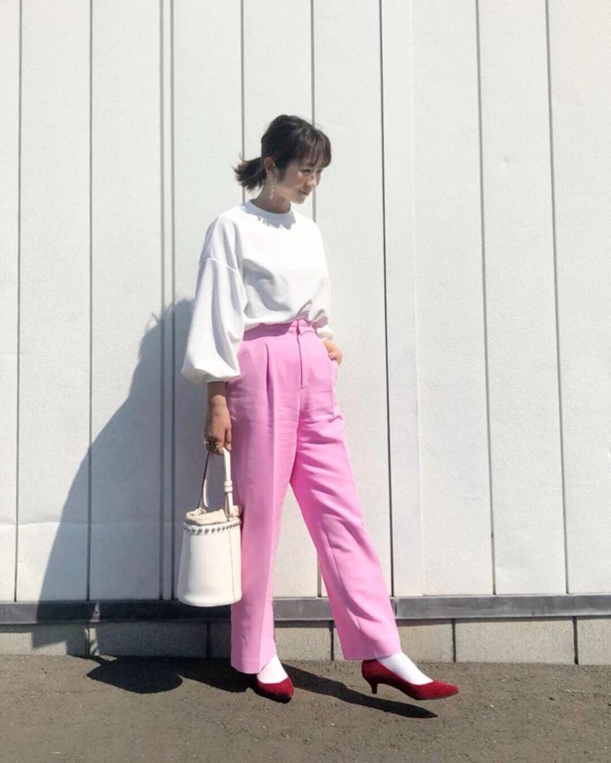 春  ピンクのパンツがお気に入り