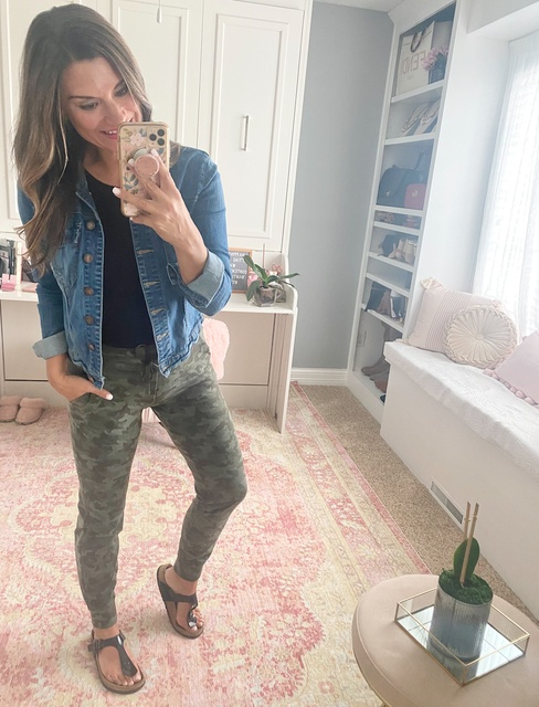 t. Sandals are TTS. #justpostedblog #ShopStyle #shopthelook #MyShopStyle #OOTD #LooksChallenge #ContributingEditor #Lifestyle