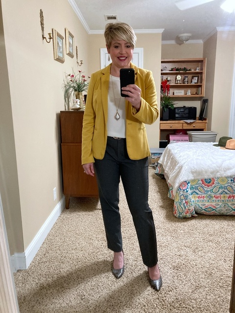 Work wear with a pop of color #fallworkwear #mystyle #officeoutfit