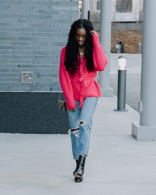 ve the neon trend a chance. #ShopStyle #MyShopStyle #LooksChallenge #ContributingEditor #Winter #TrendToWatch #ssclooks #neon