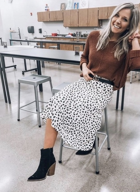 raskirt #skirtoutfitideas #winteroutfitideas #trending2020 #womensfashion #cuteoutfitideas #cozyoutfits #datenightoutfitideas